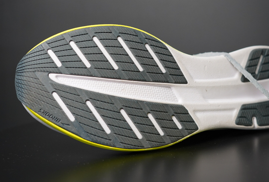 brooks hyperion elite outsole