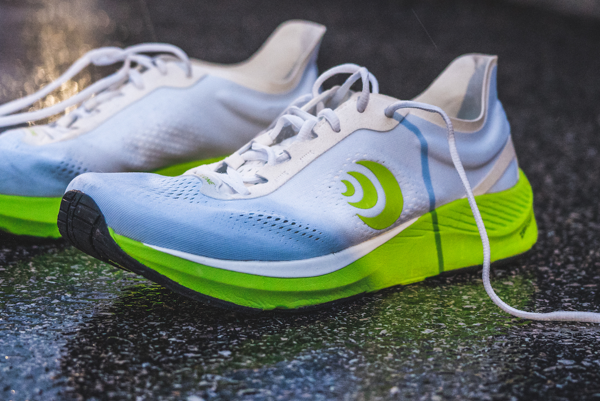 topo athletic cyclone - feature